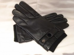 Leather gloves black